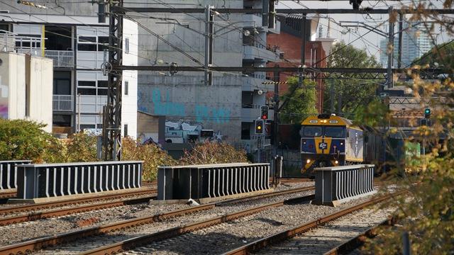 Maryvale heading toward Hawksburn Station