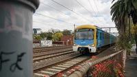 Siemens approaching Hawksburn Station