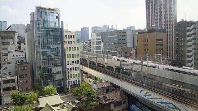 Super Hitachi passes Hotel