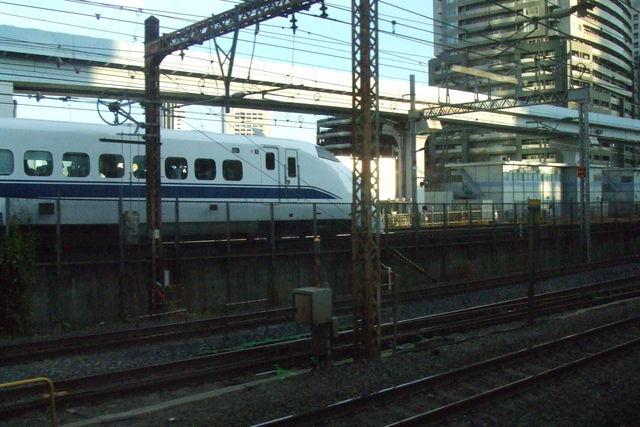 300 arriving in Tokyo