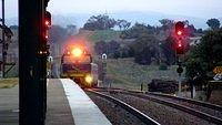 Indian Pacific arriving in Yass_