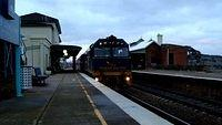 Indian Pacific arriving in Yass__001