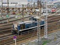 DE10s working in Umeda