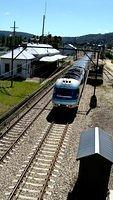 Westbound XPT arrives in Lithgow