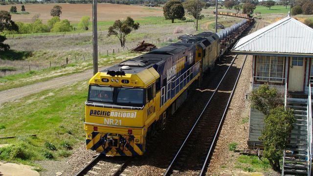 NR21+DL40 depart south