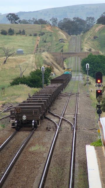 Short steel train