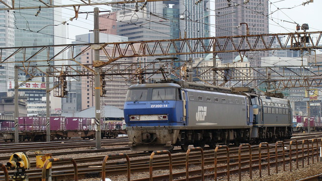 EF200-14 stabled with EF66-29