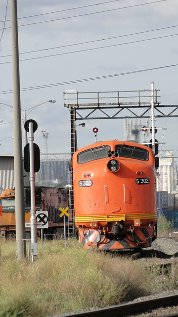 S302 shunting at Dynon