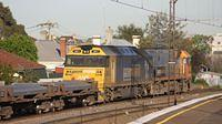 AN5 on freight passing Middle Footscray