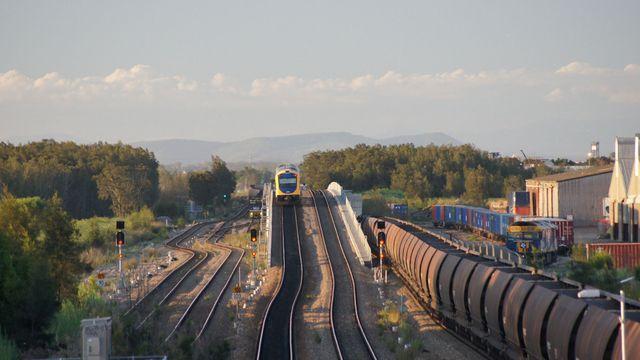 Hunter Railcar and coal at Sandgate