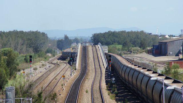 QR on empty coal at Sandgate