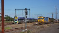 V/Locity passes G527+X44 at Sunshine
