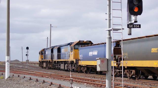 XR558+XR555 on PN Grain through Gheringhap