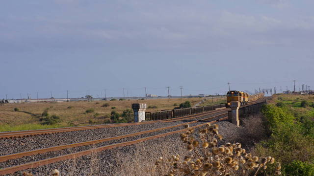 QR Grain transfer departs McIntyre Loop